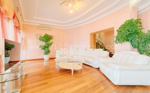 watermarked - Luxury Villa in Odessa Ukraine for Booking, photo 2